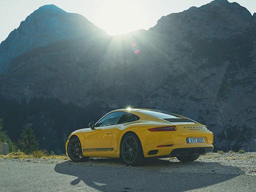 Ungefiltert. Der neue 911 Carrera T.